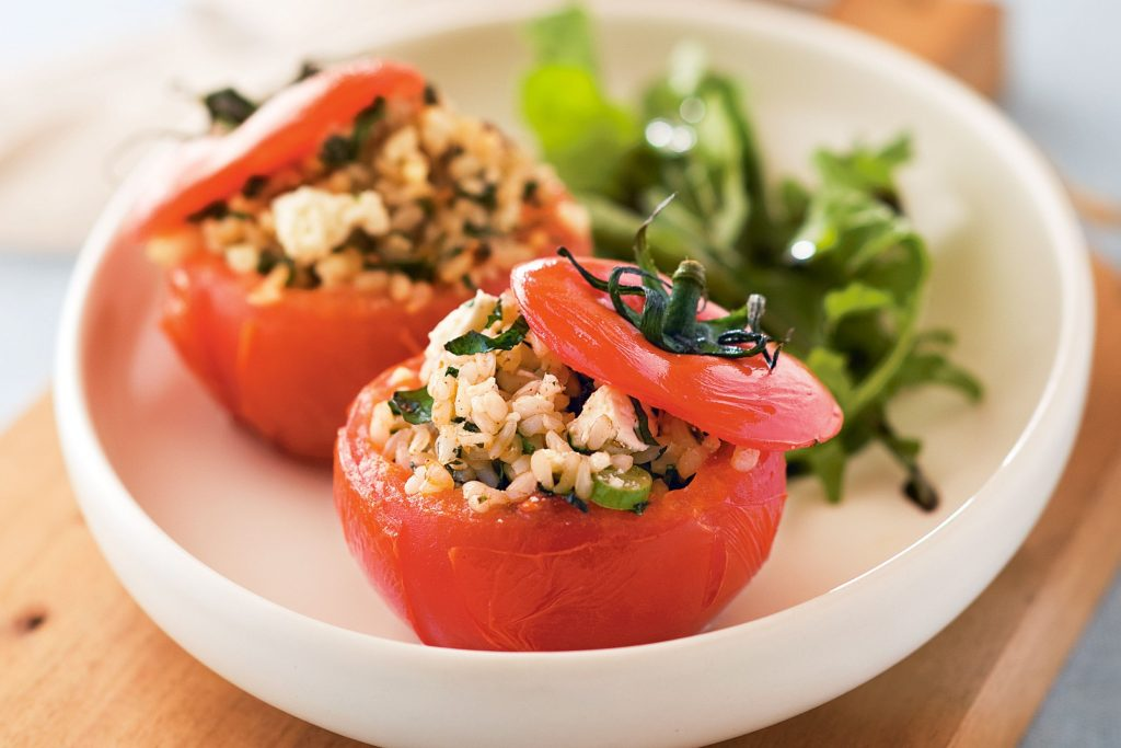 CHICKEN QUINOA STUFFED TOMATOES-main